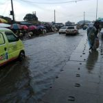 Flood Takeover Agege Road After 40 minutes Rain (VIDEO & PHOTOS)