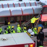 Three killed, 23 injured in Ottawa double-decker bus crash (PHOTOS)