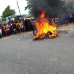 Thief Dragged Out Of Police Station, Burnt To Death By Angry Mob Over Murder. (Photos)