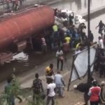 Miscreants Struggle To Scoop Fuel From Leaking Tanker (VIDEO  & PHOTOS)