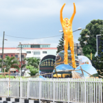 Lagos State Government Pulls Down Fela Kuti's Effigy At Allen Avenue (photos)