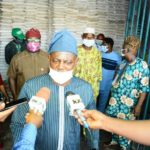 PHOTOS: Osun Government Begins Food Distribution To Vulnerable And Elderly Persons