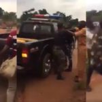 Nigerian Police Officers Fight Dirty Over Bribe In Edo State (VIDEO)