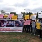 Protesters Storm Abuja, Demand Immediate Arrest Of Tinubu Over Bullion Van Saga (PHOTOS)