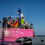 219 Persons Stuck At The Middle Of The Sea As Rescue Boat Gets Stranded