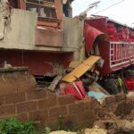 Photos: Trailer Crashes Into 3-Storey Building In Madalla