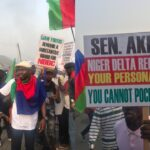 Travelers stranded on East-West Road as Ijaw youths protest (photos & video)