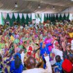 Boko Haram: More Chibok girls return home