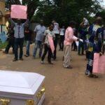 Herdsmen killing: Protesters storm Edo Govt House with corpse