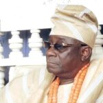 Nigerians React As Oba Of Lagos Accuses Hoodlums Of Stealing $2m, N17m From His Palace