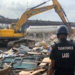 Lagos Demolishes Illegal Structures At Iganmu Under-Bridge (photos)